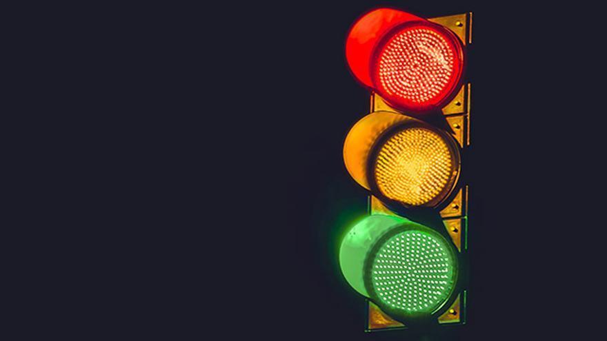 Imagen de un semáforo.