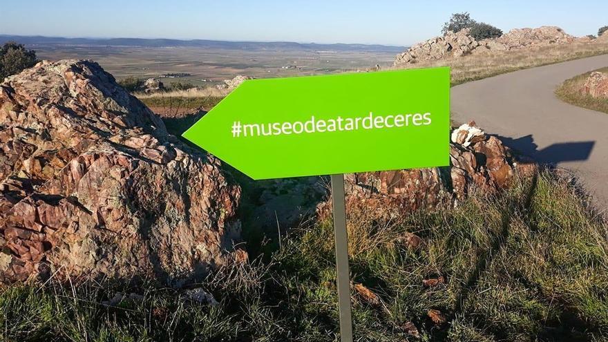 Indicador que lleva al 'museo' en Almodóvar del Campo