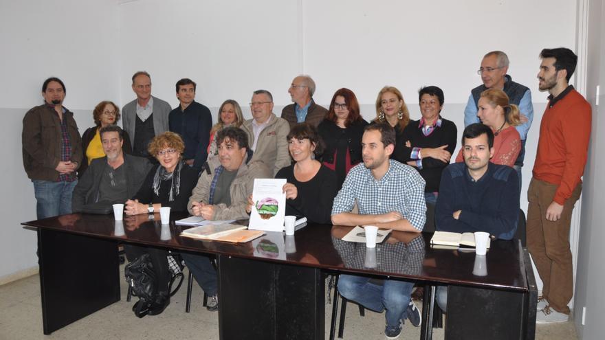 Acto de presentación de Confluencia Las Palmas. (ÁNGEL SARMIENTO)