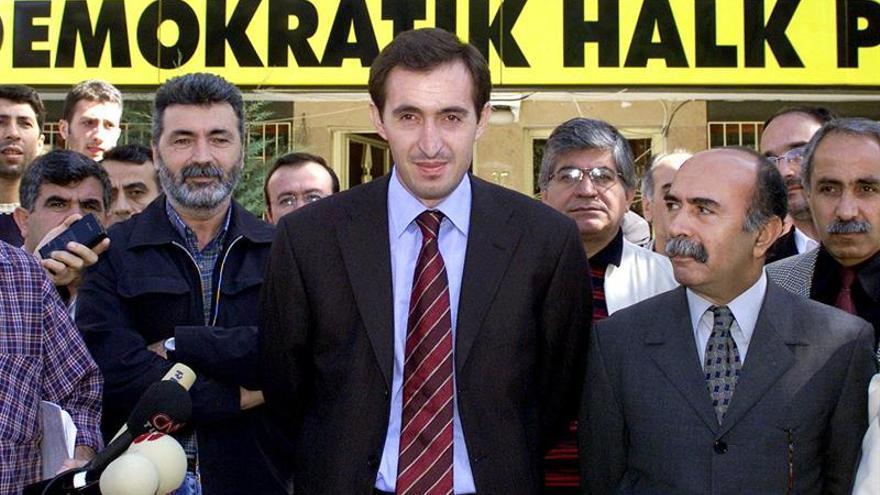 La policía detiene a los alcaldes de dos ciudades del sureste de Turquía