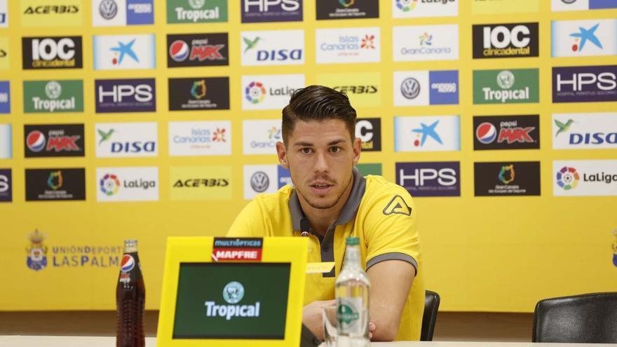 Raúl Lizoain durante una rueda de prensa.