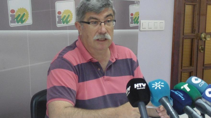 Asamblea local de IU pide a Arazola, edil en el Ayuntamiento, que entregue su acta por indisciplina en el voto