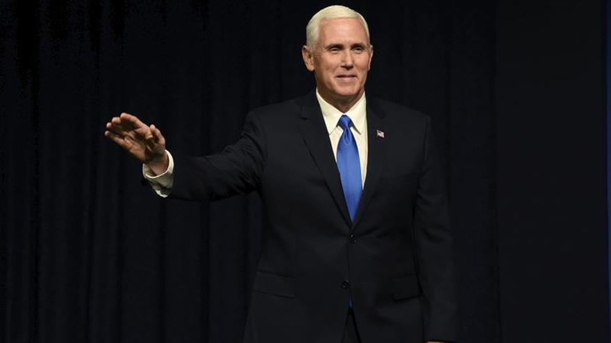 Pence prepara su próximo viaje a Latinoamérica en una reunión con Trump