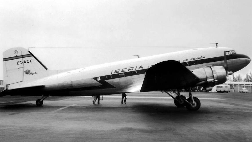 El Douglas DC-3, matrícula EC-ACX, hoy en el fondo del mar de El Sauzal.