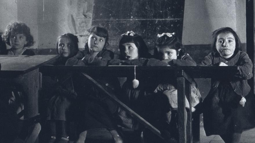 """Imagen utilizada en el documental """"Maestras de la República"""""""