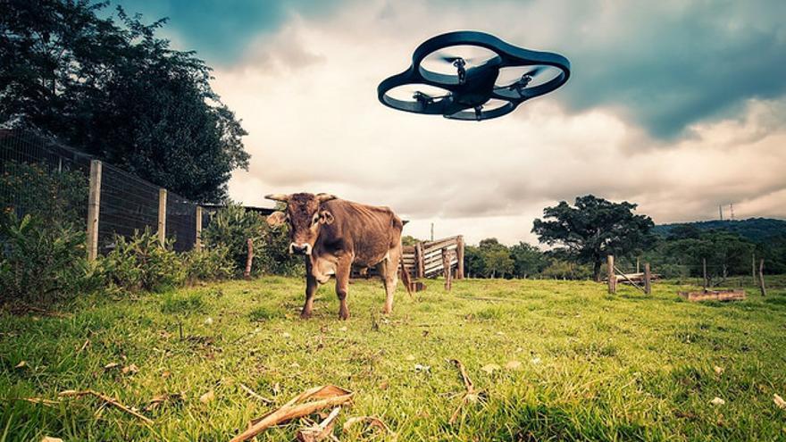 Los drones se utilizaron con fines militares durante la Segunda Guerra Mundial pero hoy tienen otros muchos usos
