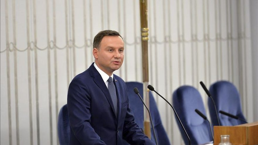 El presidente polaco desdeña las críticas a la reforma del Constitucional
