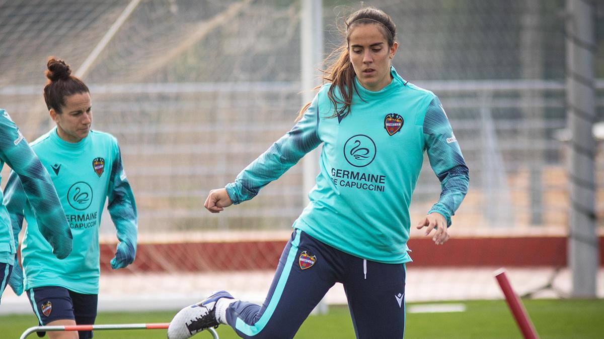 Rocío Gálvez durante un encuentro con el Levante