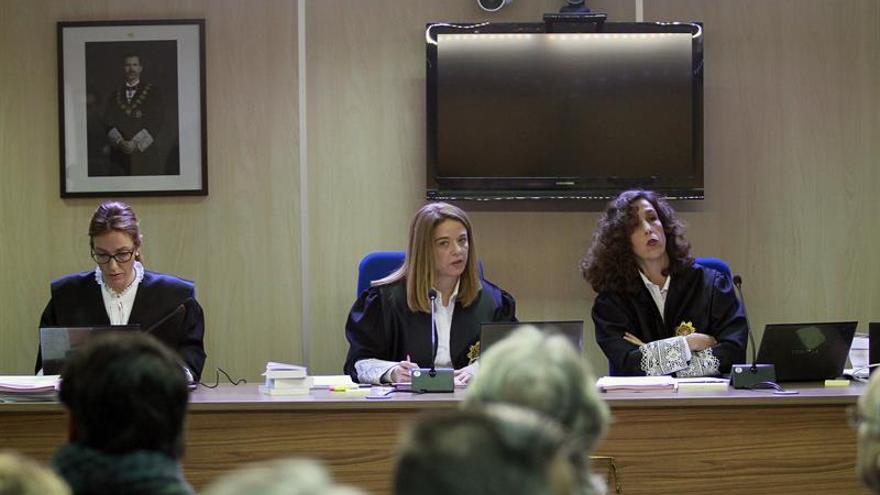 Aplazada la declaración de una testigo en Nóos que pide responder en valenciano