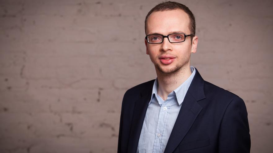 El joven estudiante a rabino Armin Langer, enfant terrible de la comunidad judía berlinesa