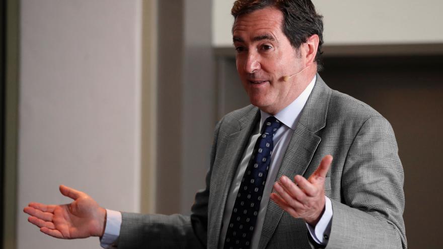 """La CEOE pide una nueva propuesta: """"No confundamos temporalidad y precariedad"""""""