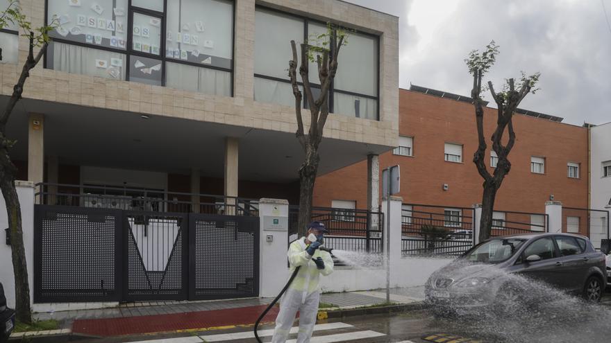 Familiares de ancianos del Joaquín Rosillo piden recurrir a Médicos sin Fronteras ante el virus