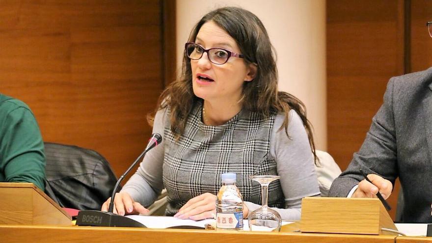 La vicepresidenta valenciana, Mónica Oltra, comparece en las Corts para hablar de los presupuestos de su conselleria