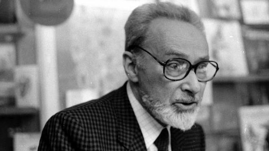 El escritor Primo Levy