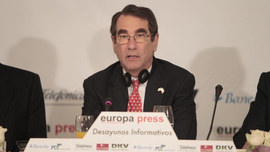 Iberdrola designa al exembajador de EEUU en España Alan Solomont miembro del consejo de su filial americana