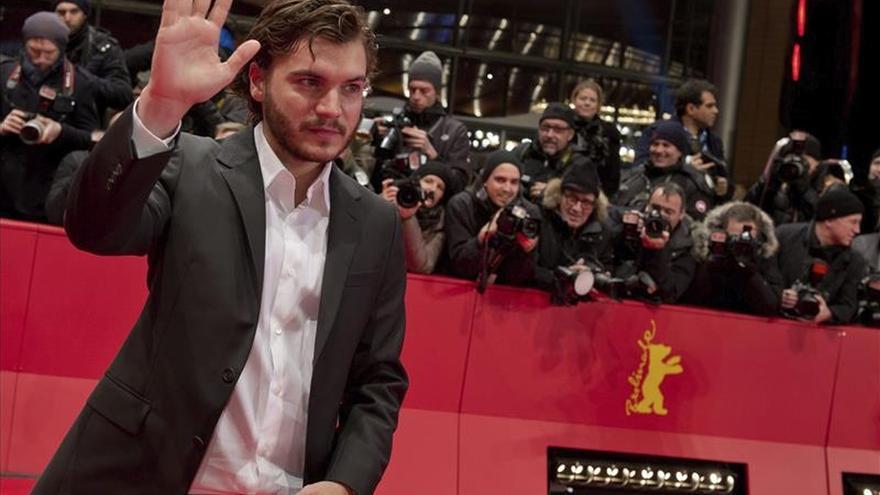 El actor Emile Hirsch afronta cargos por agredir a una ejecutiva de Hollywood