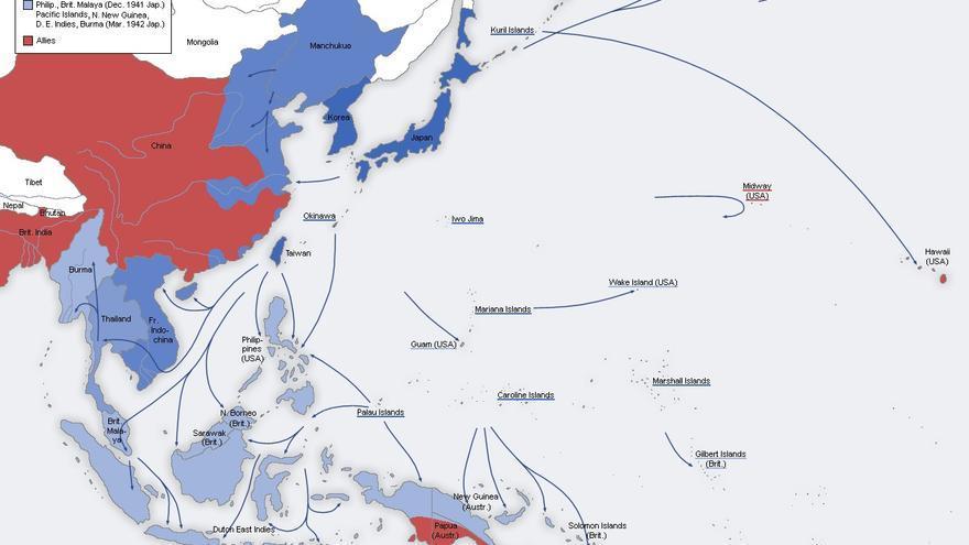 Avance militar de Japón (en color azul) entre 1937 y 1942. En rojo los países aliados (https://commons.wikimedia.org/wiki/File:Second_world_war_asia_1937-1942_map_en6.png).