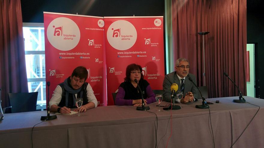 Montse Muñoz, Gaspar Llamazares y Tasio Oliver, de Izquierda Abierta./ A.R.