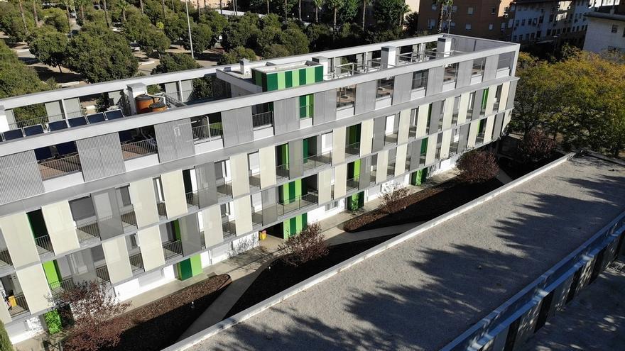 Adjudicados los 32 alojamientos del primer edificio municipal cooperativo para compartir trabajo y vida social