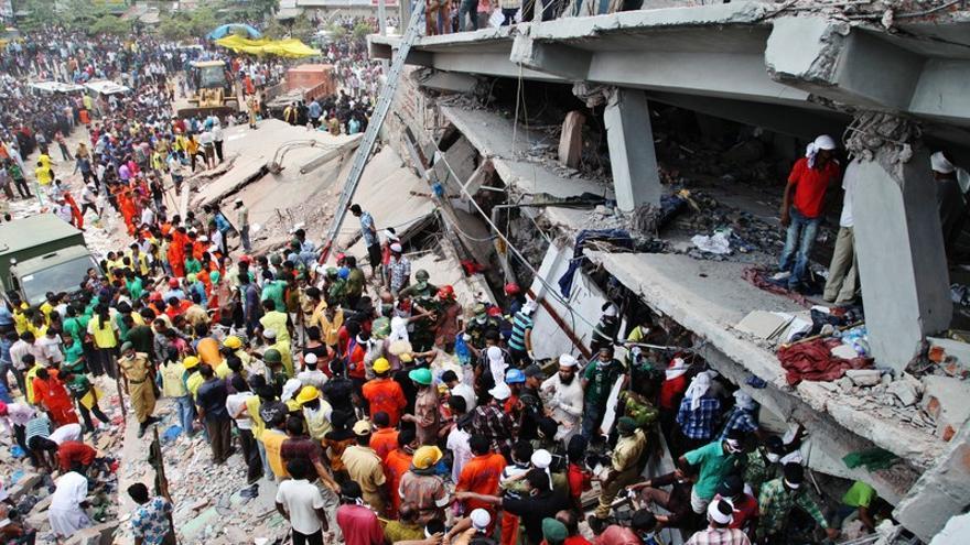 Un equipo de ActionAid Bangladesh llegó a la zona afectada momentos después de la tragedia. Foto: ActionAid