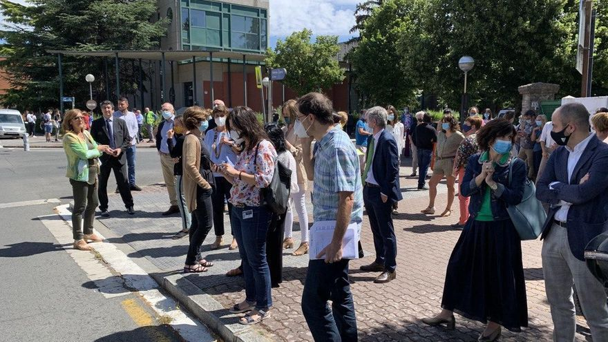 Una falsa alarma obliga a desalojar la sede de Presidencia en Vitoria en medio de una rueda de prensa