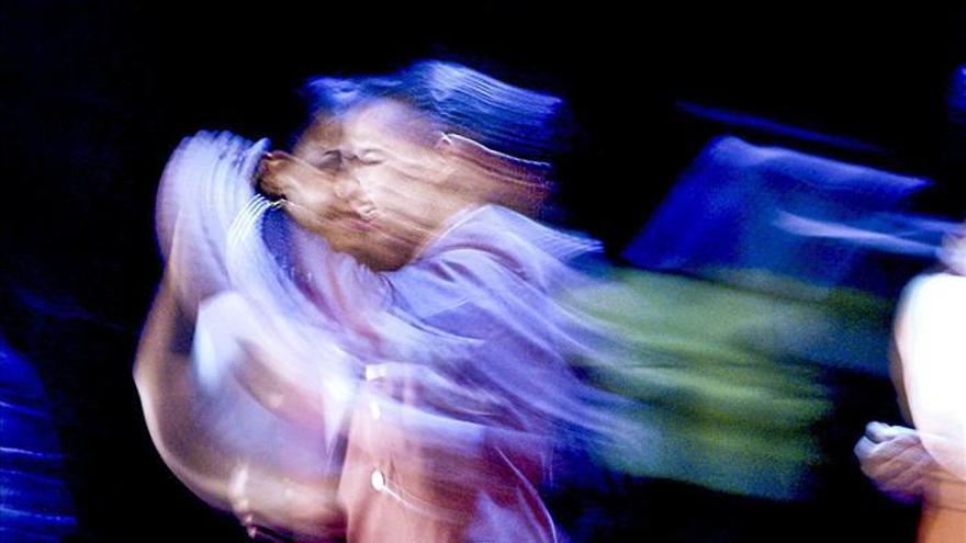 Roberto Graziano, a la caza del movimiento del tango en la fotografía