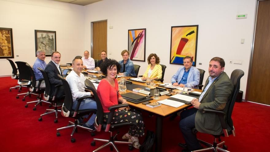Mesa y Junta estudiará este lunes que Gimeno explique el nombramiento de un familiar como miembro de su gabinete