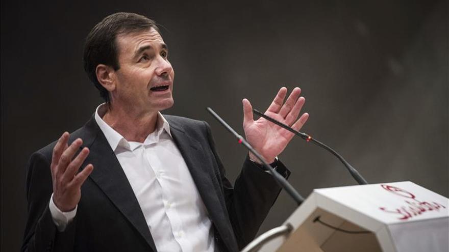 PSOE descarta buscar un candidato alternativo a Tomás Gómez por si le imputan