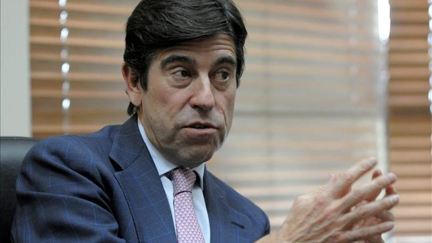 El presidente de Sacyr y el director de Santander Chile, premiados por la Cámara Española
