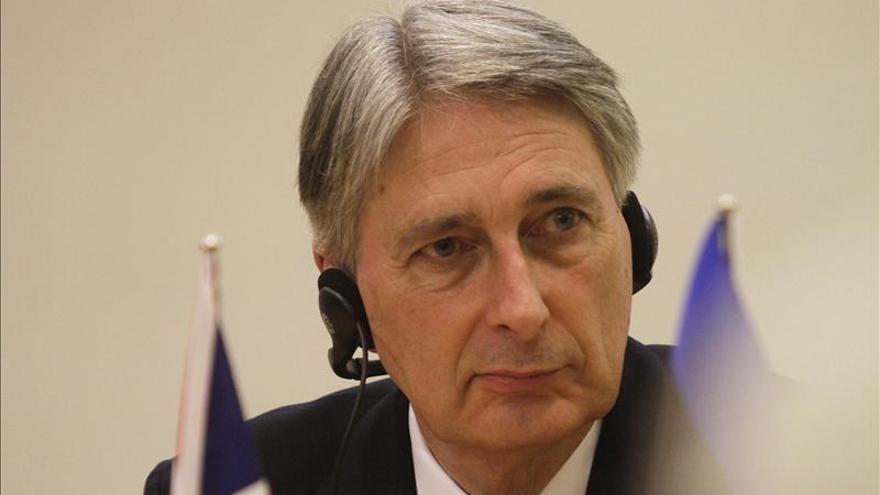 Hammond critica a quienes culpan a los servicios secretos por radicalización