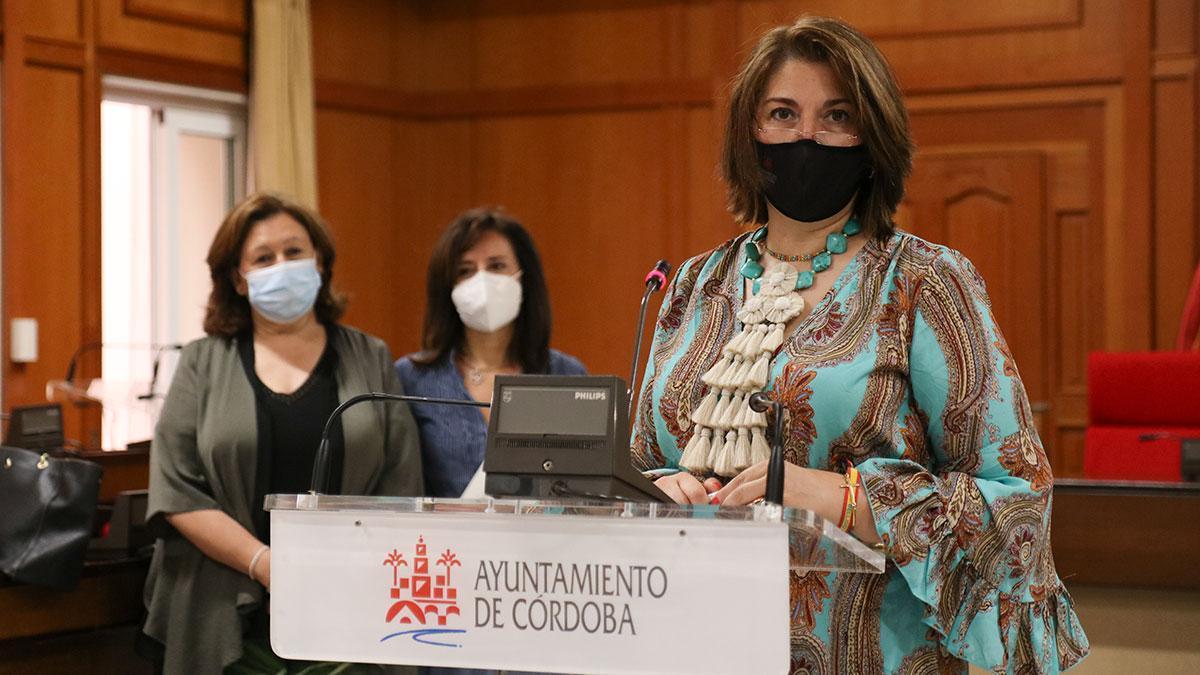 Rueda de prensa de Eva Contador en el Ayuntamiento de Córdoba