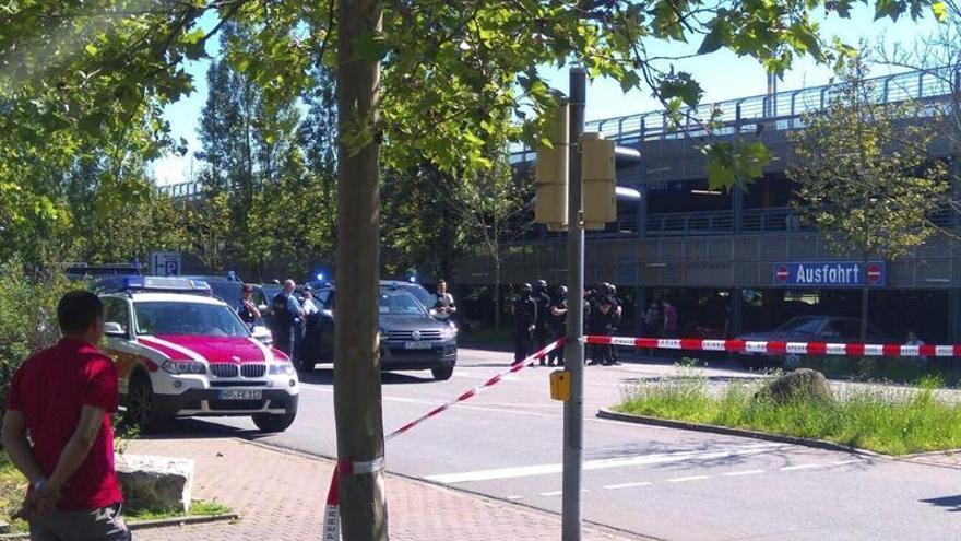 La policía alemana abate a un hombre que se atrincheró armado en un cine