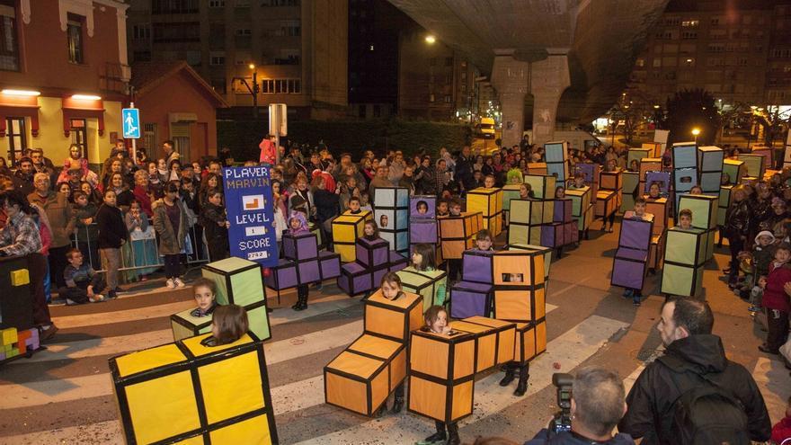 Más de 700 personas participan en el Desfile de Carnaval