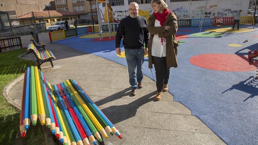 Completada la renovación del parque infantil de la Plaza de la Constitución