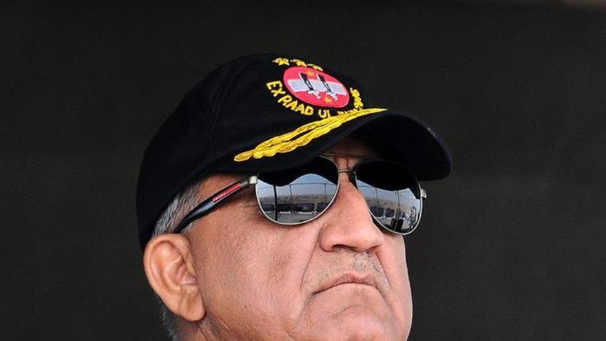Un nuevo jefe toma el control del poderoso Ejército de Pakistán