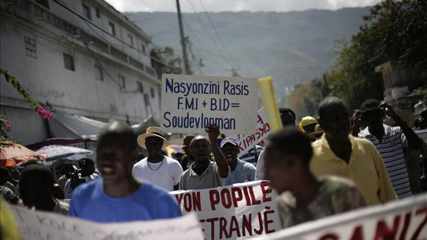 La oposición haitiana volverá a las calles a pedir la renuncia de Martelly