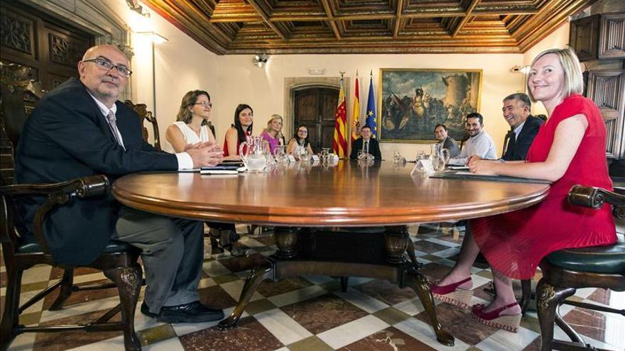 """El Consell aprueba el cese de los """"liquidadores"""" de Radiotelevisión Valenciana"""