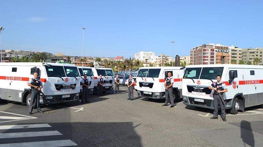 Los nuevos blindados de Seguridad Integral Canaria.