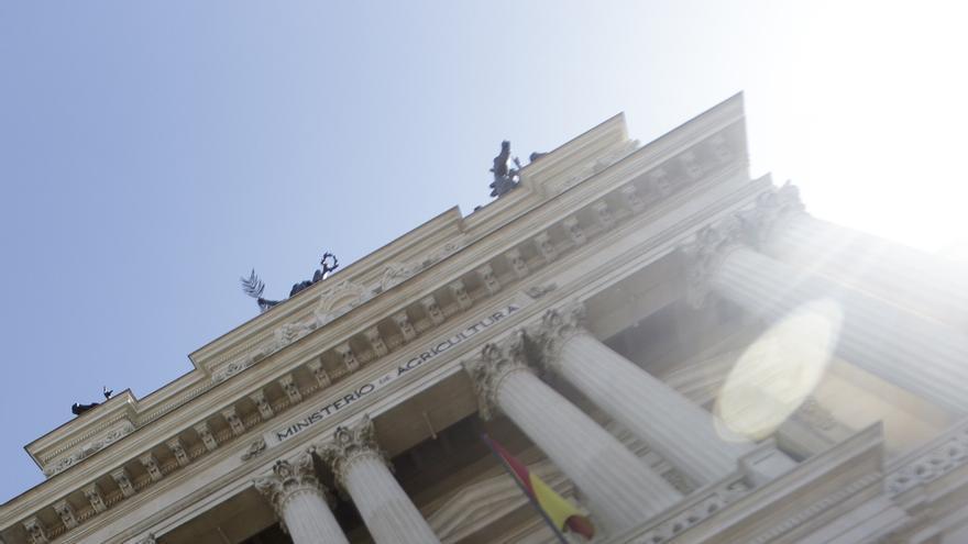 El Gobierno y las comunidades rechazan que las ayudas europeas por el veto ruso procedan del fondo de crisis de la PAC