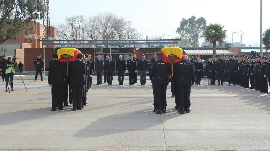Interior ascenderá a título póstumo a los dos policías fallecidos en Kabul