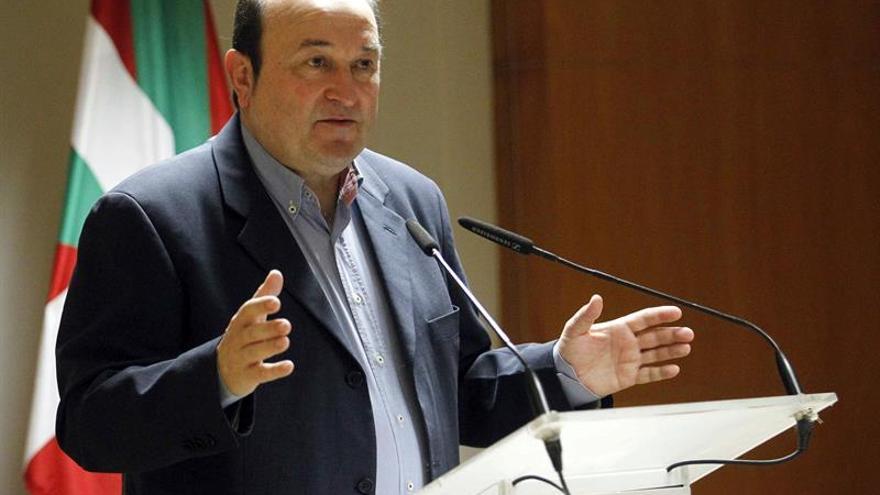 El presidente del PNV llama a reivindicar la construcción nacional de Euskadi