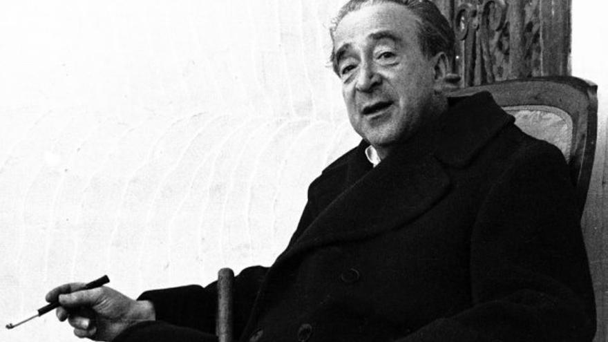 Julio Camba, periodista (1882, 1962).