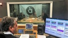 Emissió del primer programa d'À Punt Ràdio.