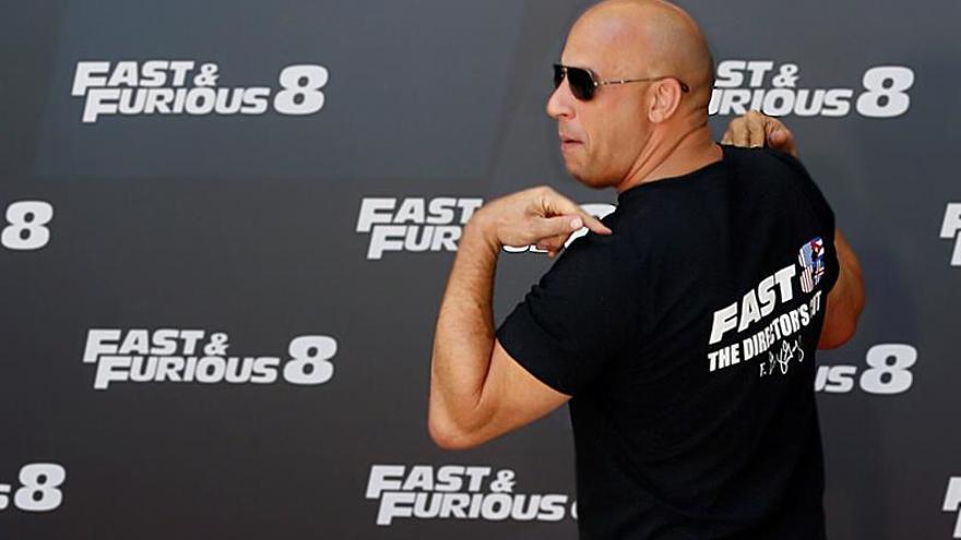 "Universal planea un filme derivado de ""Fast & Furious"" con ""The Rock"" y Statham"