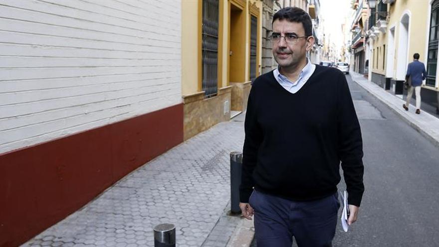 La gestora ve preciso definir un nuevo proyecto del PSOE antes del congreso