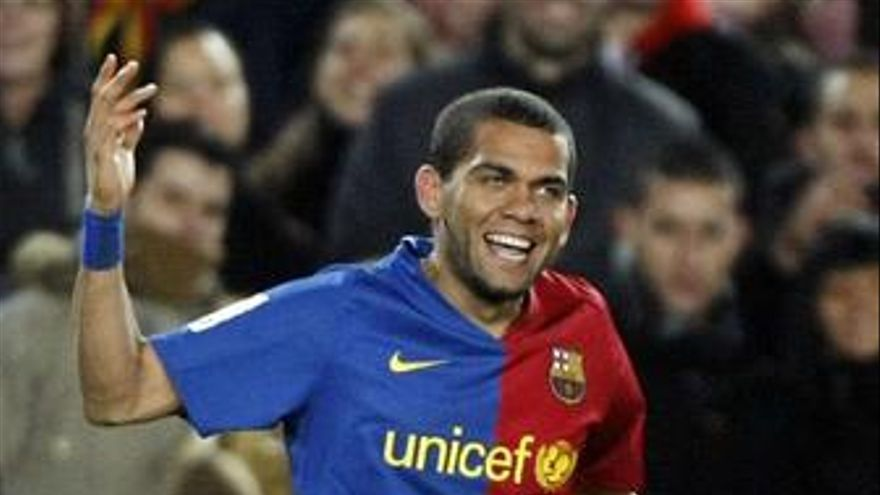 Recurso de Dani Alves (Barça) durante un partido