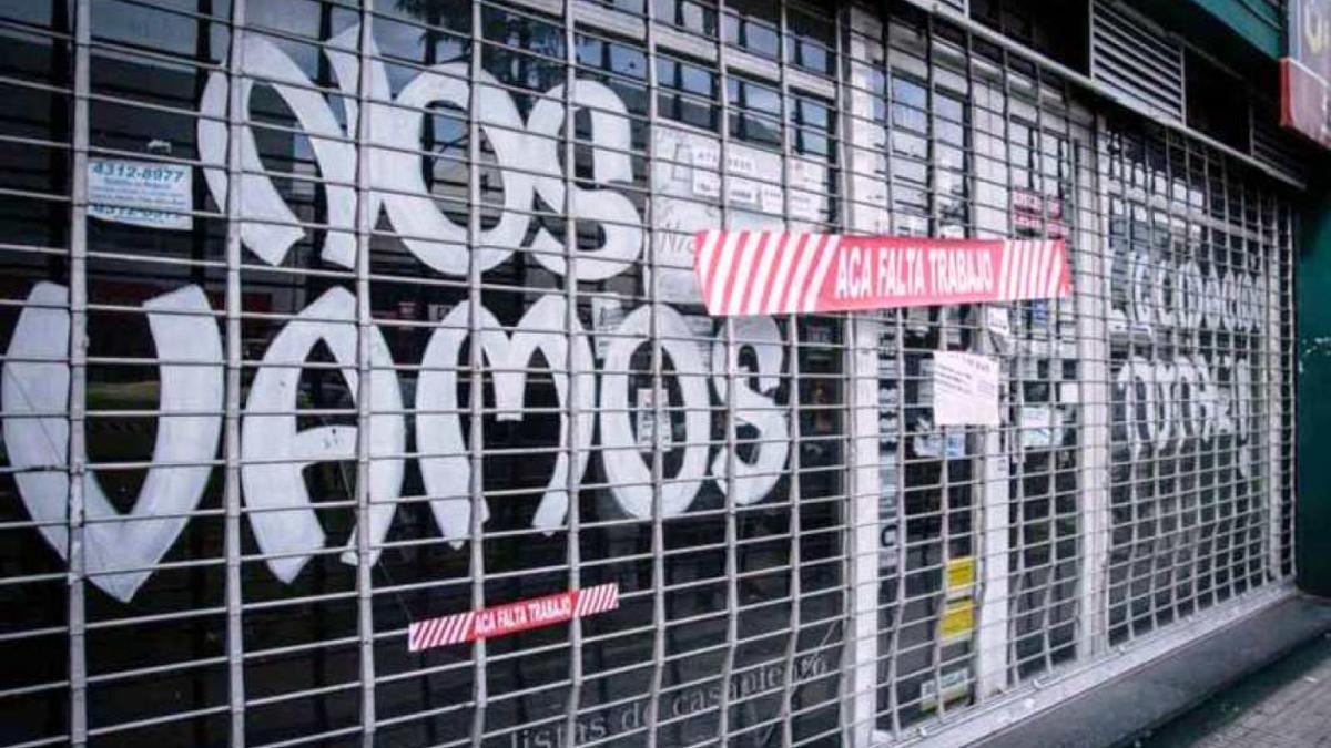 Más de 90.000 locales comerciales permanecen cerrados, a la espera de la reactivación económica.