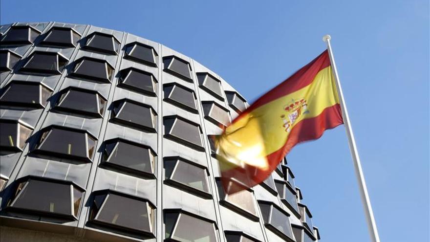 El Constitucional anula la suspensión cautelar del decreto andaluz antidesahucios