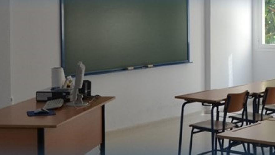 La Junta condena la agresión de una alumna a un profesor en un instituto en Cádiz