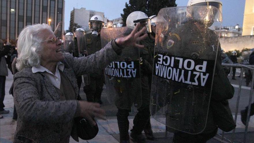 El ministro de Trabajo griego dice que no reducirá las pensiones ni aplicará el déficit cero